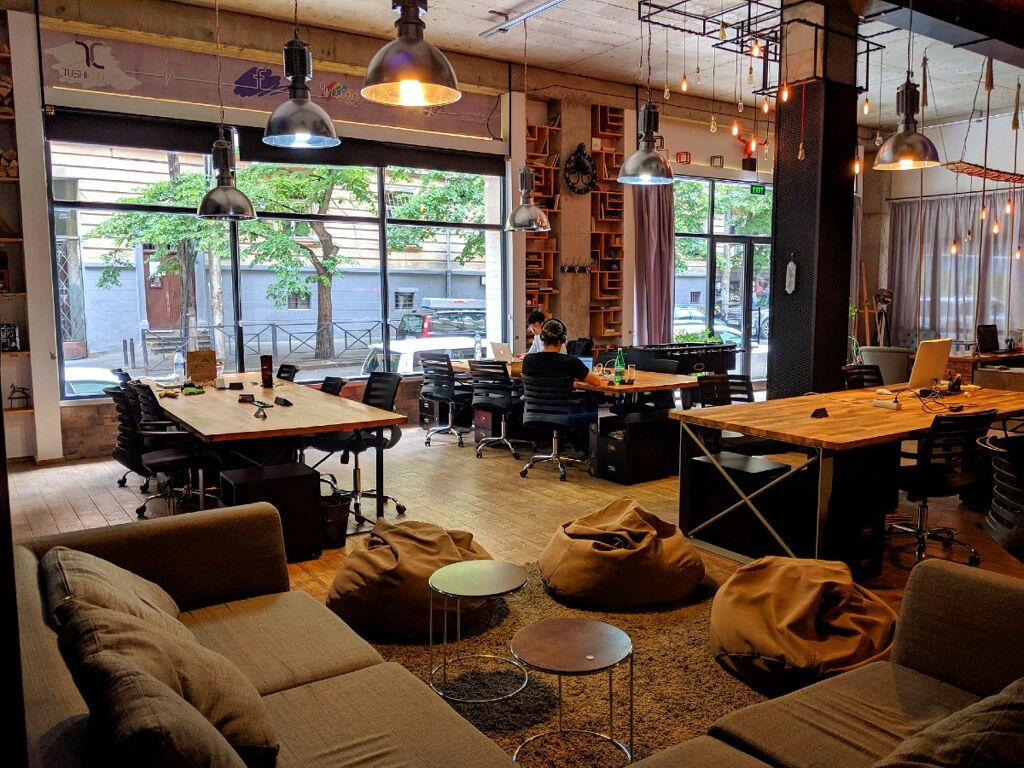 digital nomad lifestyle coworking space