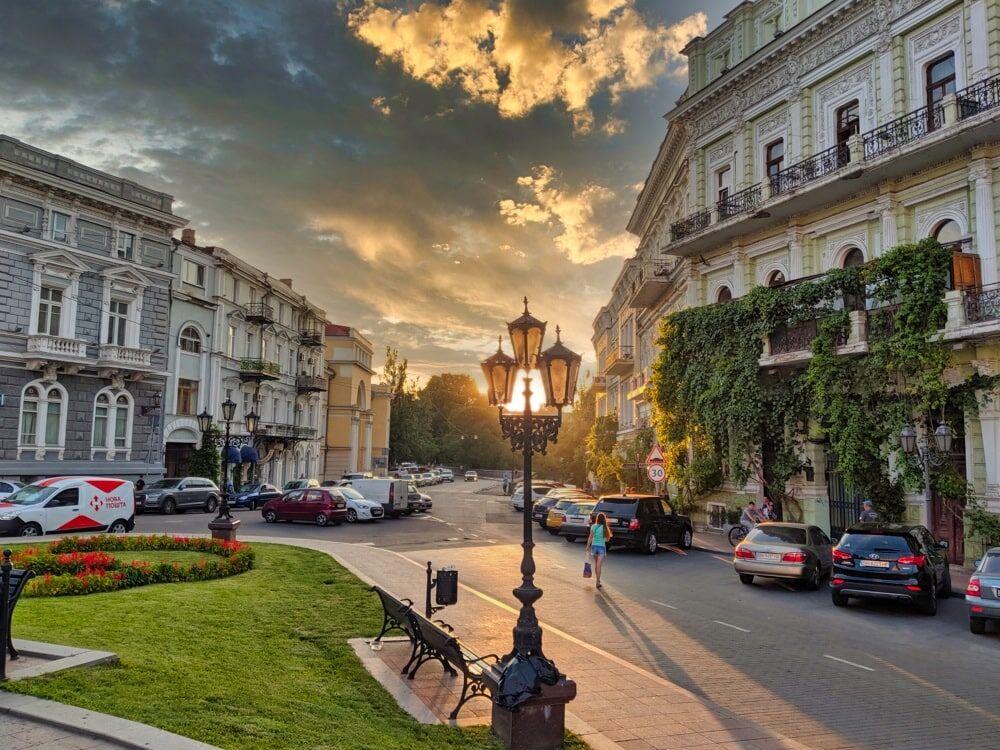 Sunset on Katerynynska Square