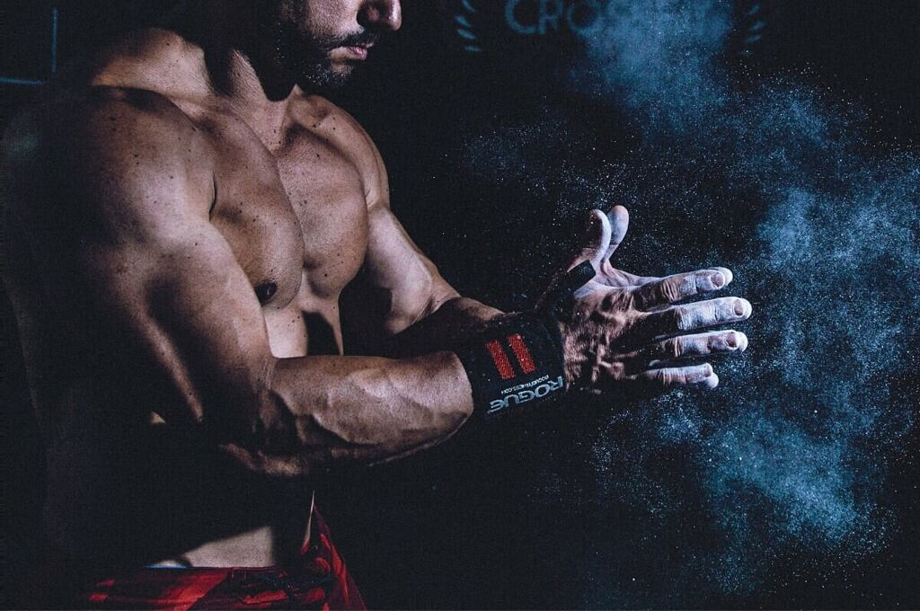 A Guide To The Best CrossFit Wrist Wraps